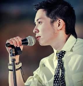 Vokalis Baru Kerispatih, Fandy Santoso