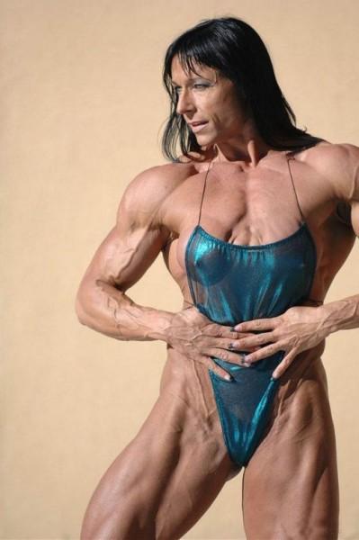 Wierd American Female BodyBuilder Pictures